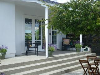 Centre Point Cottage - Queenstown vacation rentals