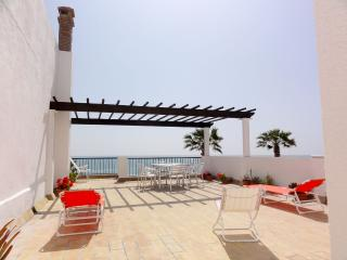 4 bedroom Apartment with Internet Access in Rota - Rota vacation rentals