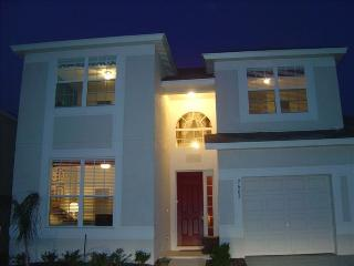 Wow Factor-Interior Designers Own 5 bed/5bath Home - Kissimmee vacation rentals