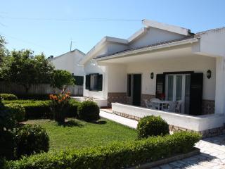 Fantastic holiday Villa with Pool - Sesimbra vacation rentals