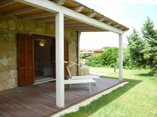 Cozy 3 bedroom Villa in Narbolia with A/C - Narbolia vacation rentals