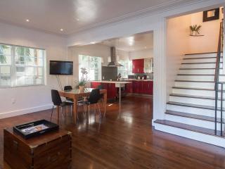 Luxury 2 bdrm plus Den Blks to the beach - Miami Beach vacation rentals