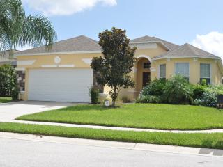 Beautiful 4 Bedroom Villa Located in Central FL - Haines City vacation rentals