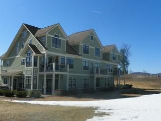 Vacation Condo close to Club House at Owl`s Nest Golf Resort - White Mountains vacation rentals