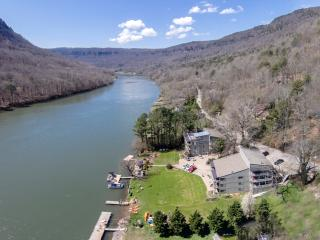 River Canyon Rentals 52 H - Chattanooga vacation rentals