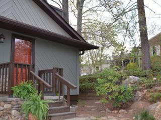 Gladstone Getaway - Asheville vacation rentals