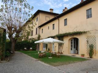 APARTMENT WITH GARDEN IN AGRITURISMO