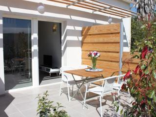 Nice Condo with Internet Access and A/C - La Garde (Var) vacation rentals