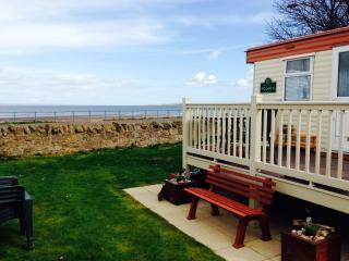Seton Sands Seaview! BOOK EARLY FOR 2017 HOLIDAYS! - Musselburgh vacation rentals