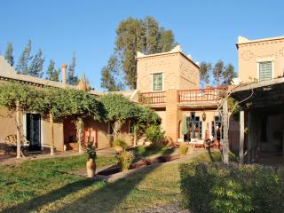 Spacious house with garden and pool - Oumnass vacation rentals