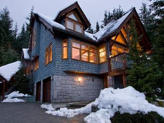 Horstman 4941 | Whistler Platinum | Chalet, Vaulted Ceilings, Private Hot Tub - Whistler vacation rentals