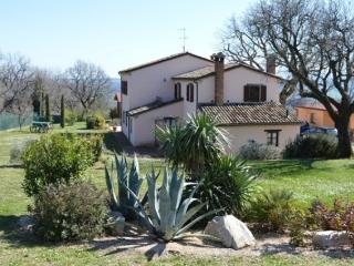 5 bedroom Farmhouse Barn with Internet Access in Cartoceto - Cartoceto vacation rentals