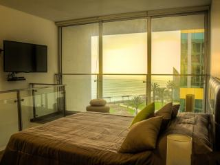 Superior Apartment Miraflores Sea View - Lima vacation rentals