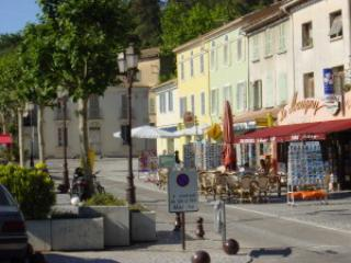 Nice Studio with Internet Access and Television - Le Pradet vacation rentals