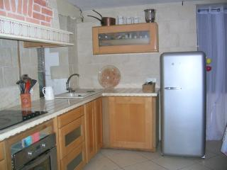 3 bedroom House with Internet Access in Lesignac-Durand - Lesignac-Durand vacation rentals