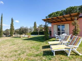 Il Polveraio Agriturismo Lucia - Montescudaio vacation rentals