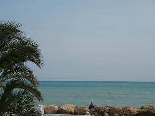 HolidayHome,  Moraira, Benitachell, 3 bedr, 2 bathr, pool, wifi 6p. - Benitachell vacation rentals