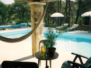 Romantic 1 bedroom Murs Gite with Internet Access - Murs vacation rentals