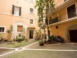 House for family in center of Rome - Rome vacation rentals