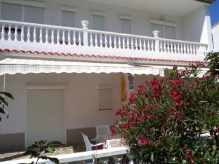 Balkon Wohnung TINA  RAB  6+2 - Palit vacation rentals
