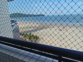 apartamento frente mar  guilhermina praia grande - Praia Grande vacation rentals