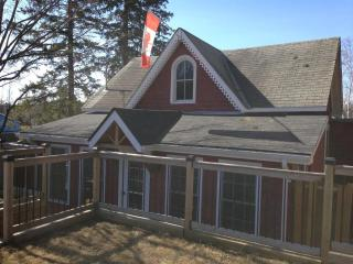 Little Red Cottage - Kearney vacation rentals