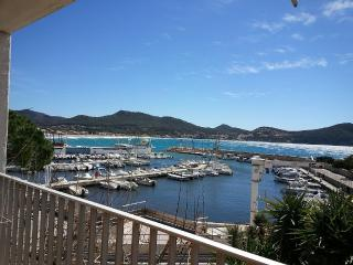 Apartment in Les Lecques - Saint Cyr sur mer vacation rentals