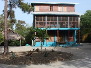 Blue Agave - Placencia vacation rentals