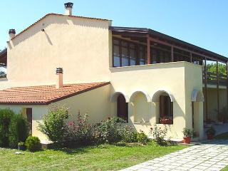 Comfortable House with Short Breaks Allowed and Long Term Rentals Allowed - Monteguiduccio vacation rentals