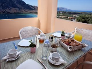 Apartment with lake and sea views - Kournas vacation rentals