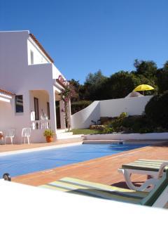 Modern villa in a peaceful location - Santa Barbara de Nexe vacation rentals