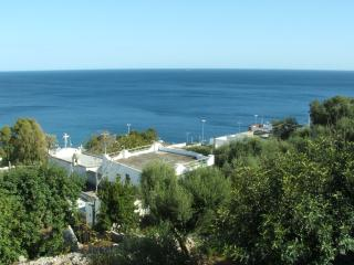 Bright 1 bedroom House in Andrano with Linens Provided - Andrano vacation rentals