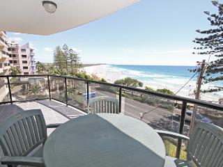Unit 6, Phoenix Apartments, 1736 David Low Way Coolum Beach, Linen Included, $500 BOND - Coolum Beach vacation rentals