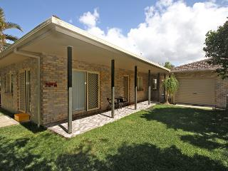 15 Joanne Street, Marcoola - Pet Friendly, $500 BOND - Marcoola vacation rentals