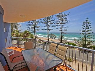 Unit 3, The Rocks, 1746 David Low Way Coolum Beach, Linen Included, $500 BOND - Coolum Beach vacation rentals