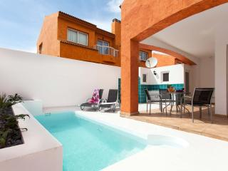 Villa Orión. Fantastic villa with private pool - Corralejo vacation rentals