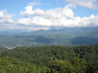 2 Balconies, VIEWS!!!, 2 Pools, Bonus Kids Loft - Gatlinburg vacation rentals