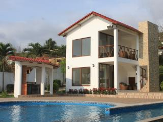 Nice Villa with Internet Access and Linens Provided - Entrada vacation rentals