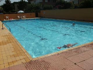 Spaziosa villa vicino mare, piscina e Roma - Anzio vacation rentals