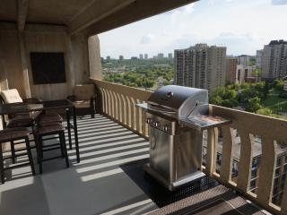 Downtown Highrise, Great Location! - Edmonton vacation rentals