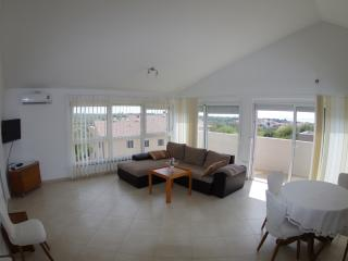 Spacious apartment Asterina - Medulin vacation rentals