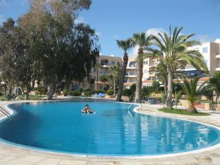 3 bdr apt near the sea - Paphos vacation rentals