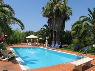 173Villa con Piscina in Campag - Ugento vacation rentals