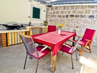 Apartment Vedran +Terrace and Weber Grill - Split vacation rentals