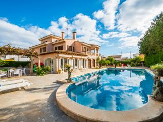 CAN POU - Villa with private pool for 8 people in Cala Millor - Cala Millor vacation rentals