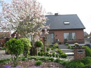 Nice House with Internet Access and Satellite Or Cable TV - Passendale vacation rentals