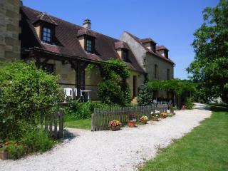 Chene Vert, Le Jardin des Amis - Meyrals vacation rentals