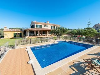 CAN VALERO - Property for 14 people in Aranjassa - Sant Jordi vacation rentals
