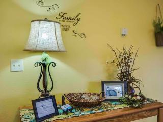 Branson Condo Rental | Eagles Nest | Indian Point | Silver Dollar City | Top Level (0410606) - Branson vacation rentals