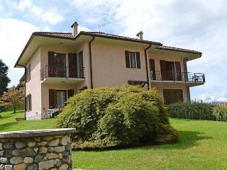 Villa Canonica - Brezzo di Bedero vacation rentals